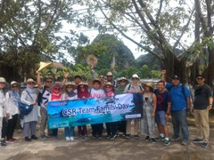 Discover Tam coc with friends
